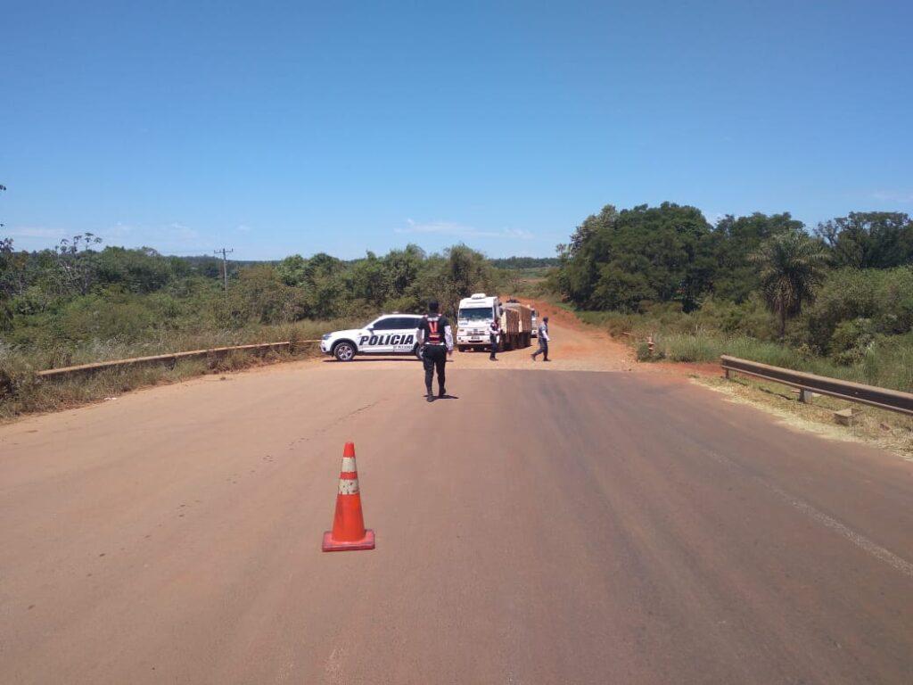Retuvieron en la zona del By Pass de Posadas a camiones que tranportaban soja de manera ilegal