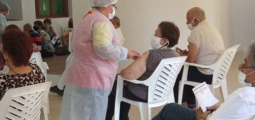 Puerto Rico: con turnos, se desarrolló la primera jornada de vacunación a mayores de 65 años