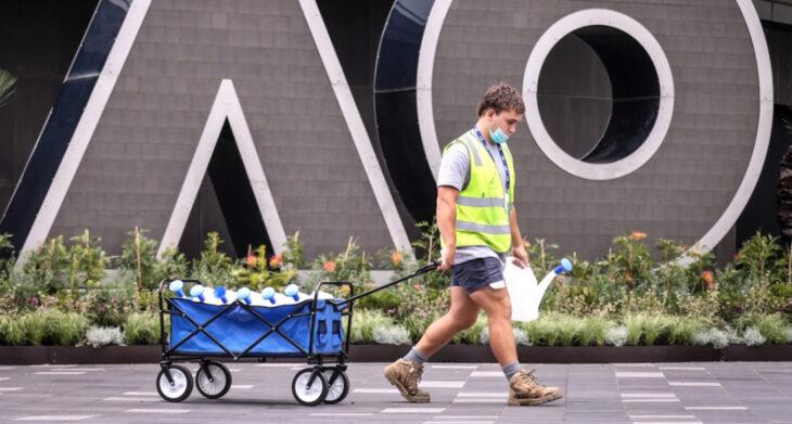 Alerta en el Australian Open: más de 500 tenistas y trabajadores están aislados por un caso positivo de coronavirus