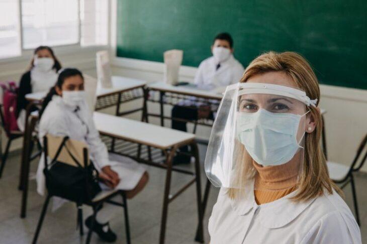 Vuelta a clases en Misiones: los colegios privados preparan las instalaciones para asegurar las medidas de higiene en las aulas