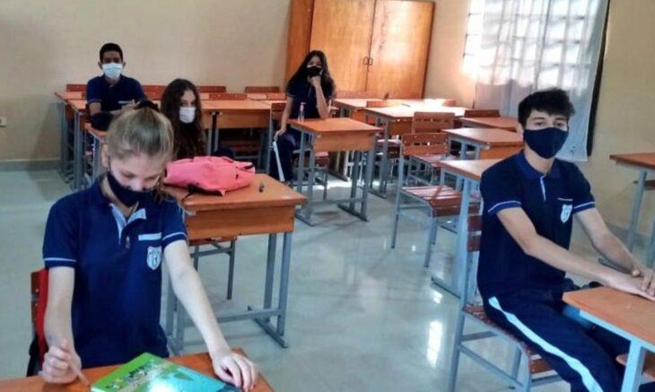 Los colegios privados de Paraguay volvieron a las clases semipresenciales