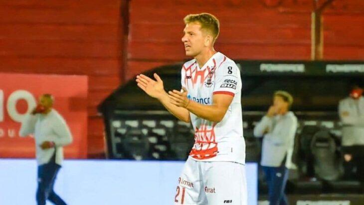 El misionero Rolón se negó a jugar en Huracán y espera por Boca