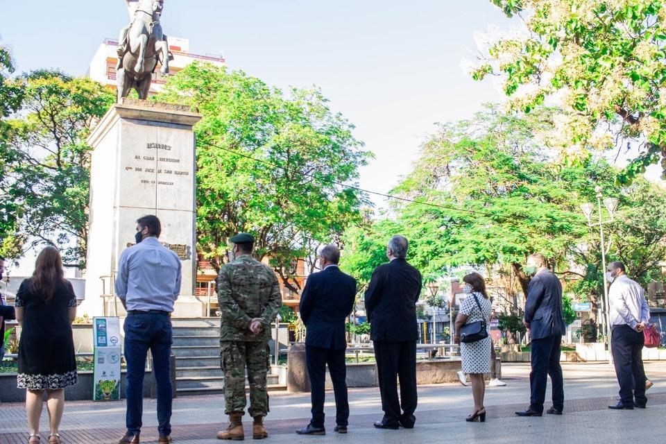 Posadas: el intendente Leonardo Stelatto encabezó el homenaje al General Don José de San Martin