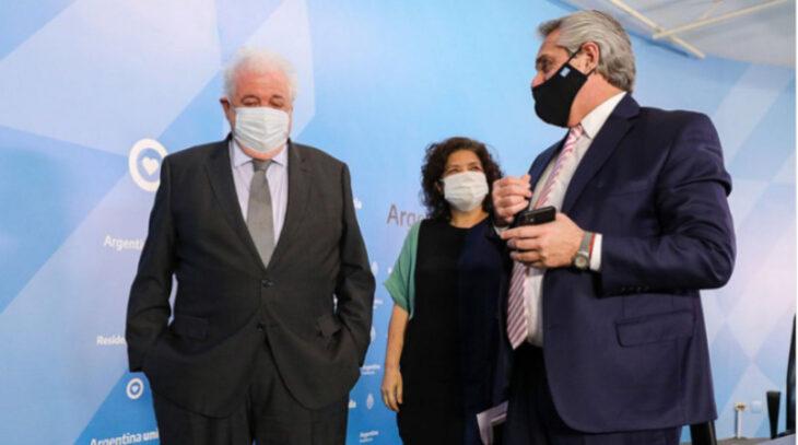 Tras la revelación de un «vacunatorio VIP», Alberto Fernández le pidió la renuncia al ministro de Salud Ginés González García