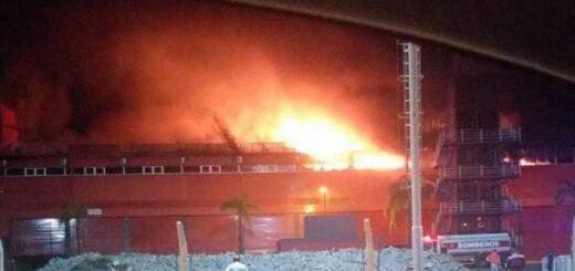 Un incendio destruyó parte del Autódromo Internacional de Las Termas de Río Hondo