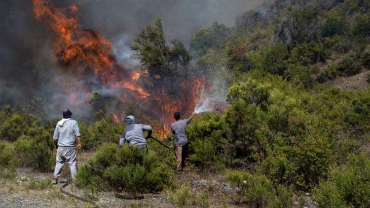 En El Bolsón denuncian 10 incendios por día