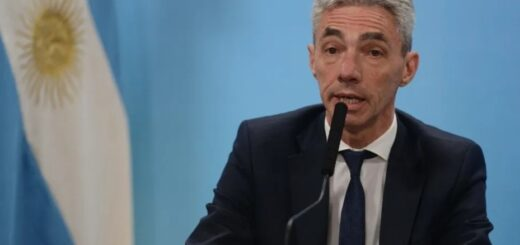Internaron al ministro de Transporte Mario Meoni
