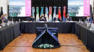 """En Rosario, Meoni afirmó que """"el Presidente nos pidió que la hidrovía Paraná-Paraguay sea una hidrovía federal"""""""