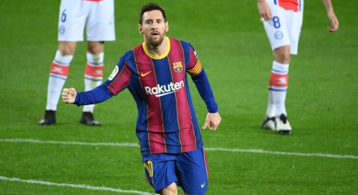 Lionel Messi metió dos golazos y Barcelona aplastó a Alavés a tres días del choque con PSG