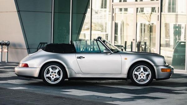 Subastarán un Porsche que Diego Maradona compró en 1992 y que está valuado en 200 mil euros