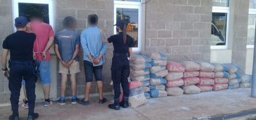 Tres hombres fueron detenidos acusados de robar materiales de una obra en construcción en el barrio Villalonga de Garupá