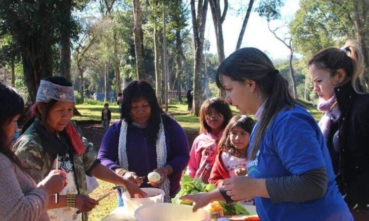 La nueva directora de Asuntos Guaraníes trabaja en el traslado y contención de las comunidades mbyá que se instalan en Posadas, y les ofrecen una alternativa en las ferias francas