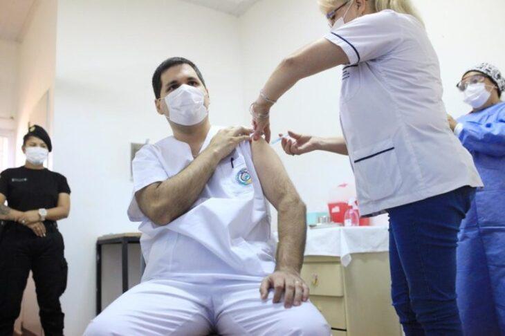 """Coronavirus: """"Argentina es el segundo país con más vacunados en Latinoamérica"""", afirmó  Carlos Arce, vicegobernador de Misiones"""