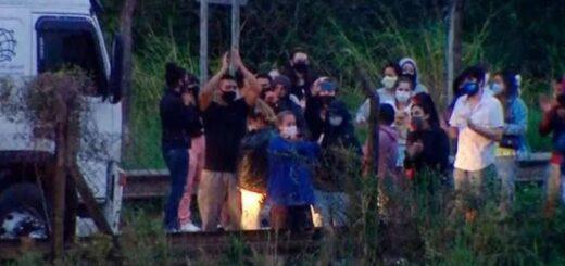 Corrientes: por las nuevas restricciones, un micro con 50 argentinos está varado en Paso de los Libres