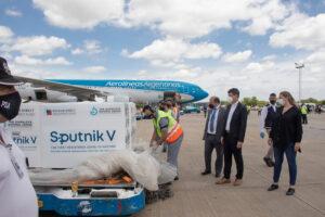 Coronavirus: se espera un nuevo cargamento en el país de vacunas Sputnick V