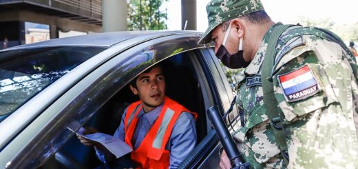 Ante el aumento de casos, Paraguay vuelve atrás con restricciones y suspende las clases presenciales