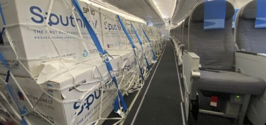 Coronavirus: esta madrugada partió un nuevo vuelo de Aerolíneas Argentinas para buscar más vacunas