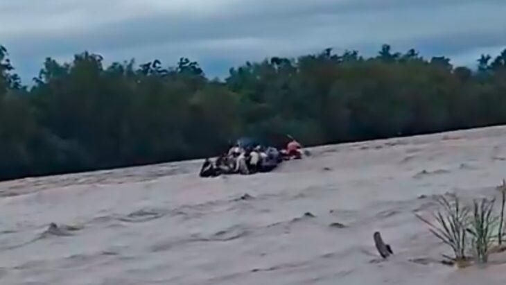 Se pinchó un gomón mientras intentaban cruzar la frontera en Salta: hay un muerto y 5 personas desaparecidas