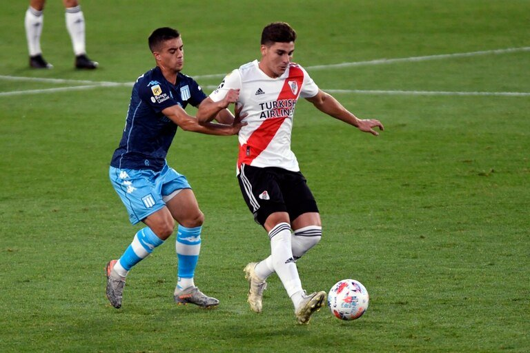 River y Racing igualaron en el Monumental