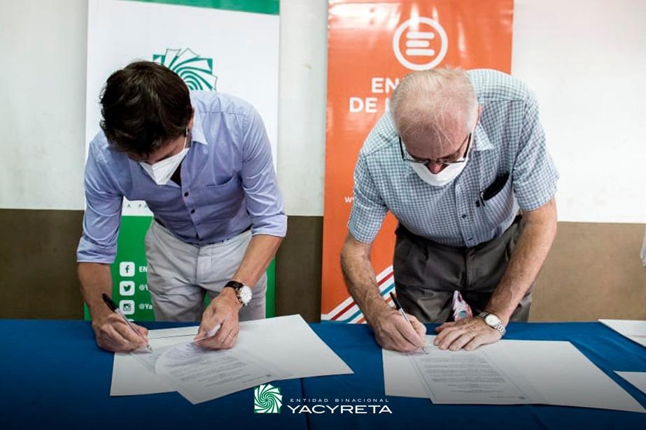 """Firman convenio de """"Energía Solidaria"""" en Misiones"""