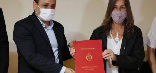 El gobernador Herrera Ahuad y la ministra de Seguridad de la Nación, Sabina Frederic, firmaron un convenio para afianzar tareas de formación profesional de las fuerzas