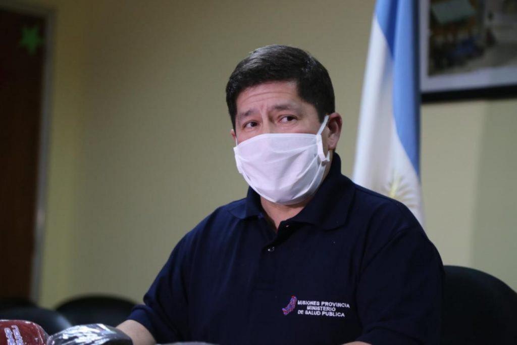 Oscar Alarcón , ministra de Salud de Misiones, participar de la reunión del COFESA