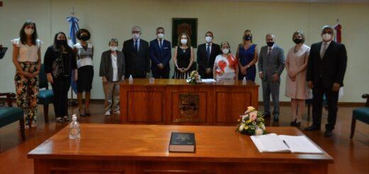 """""""Estamos demostrando que las mujeres en Misiones tienen toma de decisión"""", señaló Venchiarutti al poner en funciones a 4 jueces"""