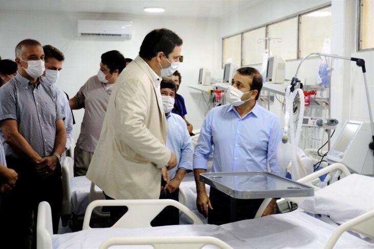 """El gobernador Herrera Ahuad destacó la inversión que realiza la provincia en la salud pública y en el recurso humano: """"Ahora los médicos quieren venir"""""""
