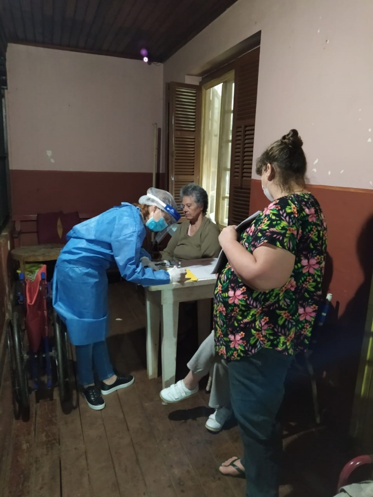 Asistieron con plasma e Ivermectina a los residentes del Hogar Los Abuelos de Eldorado que contrajeron coronavirus