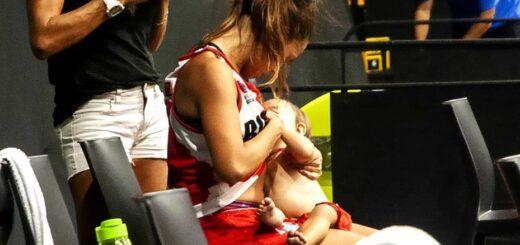 Una jugadora de la Liga Argentina de Básquetbol amamantó a su bebé en el entretiempo de un partido