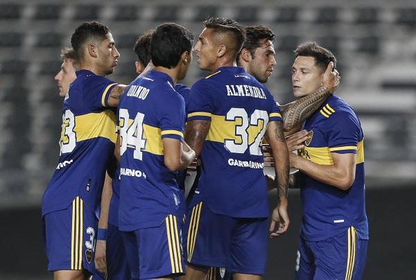 Copa Argentina: Boca ganó por 3-0 a Defensores de Belgrano con goles de Zárate y Mas