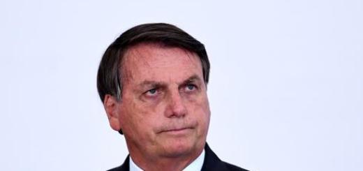 Pese a récord de muertes, Bolsonaro pide no entrar en pánico ni hacer cuarentena