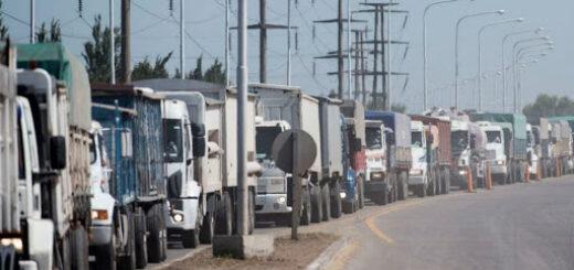 Camioneros de la provincia piden ser vacunados frente a la grave situación epidemiológica que están atravesando Brasil y Paraguay