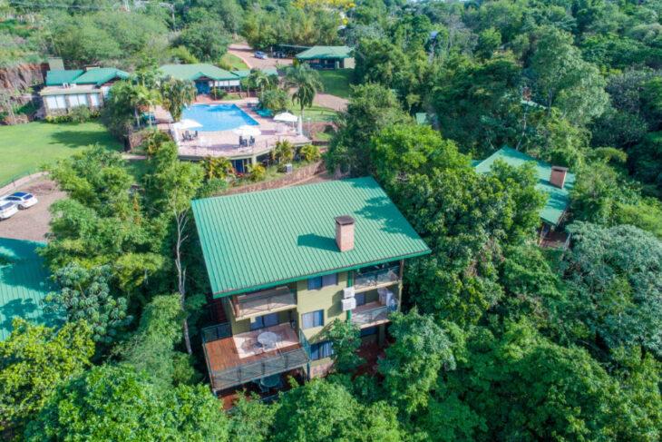 Iguazú Jungle Lodge: Vení a disfrutar la maravilla de la Selva Misionera a tan sólo 600 metros del centro urbano de Iguazú