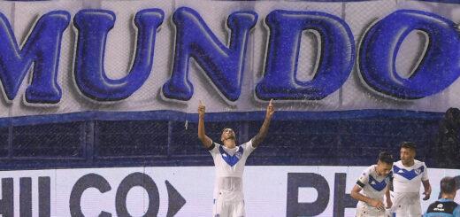 Vélez juega ante al invicto Unión en un duelo clave