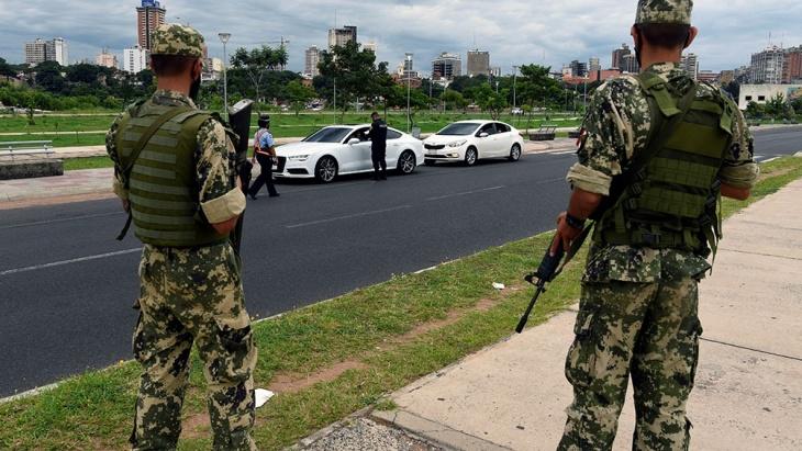 Coronavirus: militares y policías controlarán el cumplimiento de las nuevas restricciones en Paraguay