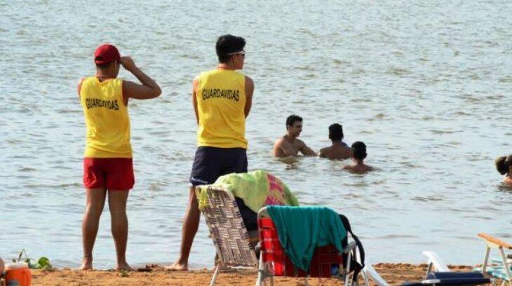 Con guardia permanente de guardavidas, las playas de Posadas continuarán habilitadas durante todo el año