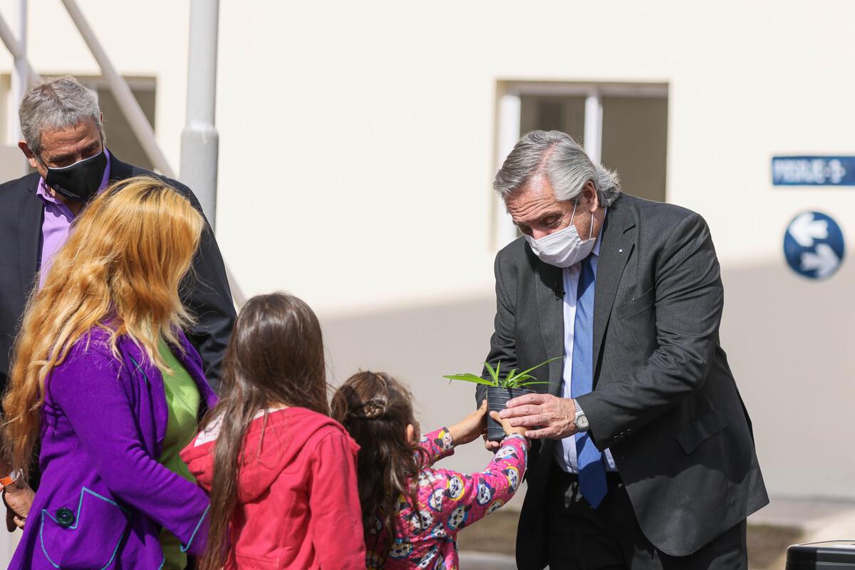 """Alberto Fernández: """"Hacer viviendas no es solamente darle un techo a cada uno, es darle condiciones de vida"""""""