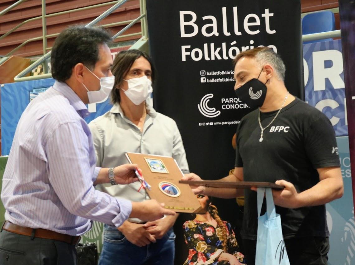 """El Ballet Folklórico del Parque del Conocimiento de Posadas inauguró el """"Circuito del Conocimiento"""" en Montecarlo"""