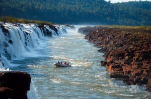 Otoño en Misiones: disfrutá los Saltos del Moconá con 15% de descuento en El Soberbio Lodge