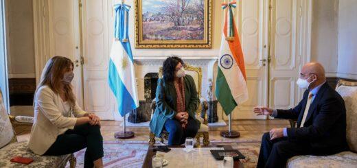 Argentina avanza en negociaciones bilaterales con China e India para favorecer la llegada de vacunas contra covid-19