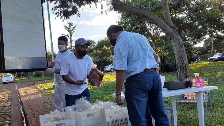 Centenares de familias apostoleñas fueron beneficiadas con el operativo #MisionesCarne