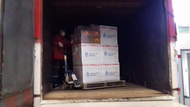 Llegaron hoy 22.200 dosis de la vacuna AstraZeneca a Misiones
