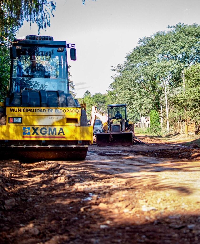 Iniciaron las obras de asfaltado sobre la avenida 9 de Julio en el kilómetro 1 de Eldorado
