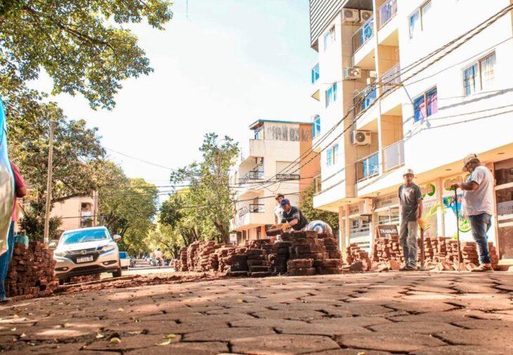 Eldorado: asfaltarán una calle céntrica que llevaba años sin reparaciones