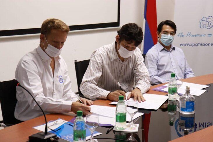 """""""Las adicciones son la otra pandemia mundial"""", dijo Lisandro Benmaor tras la firma de un convenio para prevención de consumo de substancias psicoactivas"""