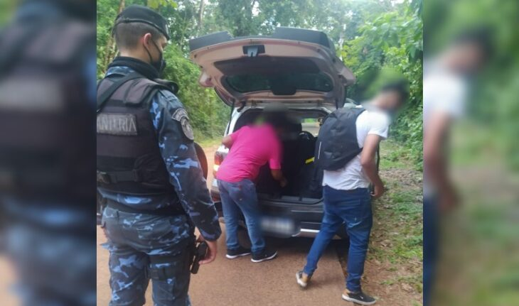 Joven venezolano intentó ingresar al país por Misiones escondido en el baúl de un remis