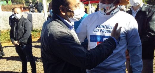 """""""Hablar poco y trabajar mucho"""", las claves que señaló Herrera Ahuad para mantener una provincia sin restricciones de sus actividades"""