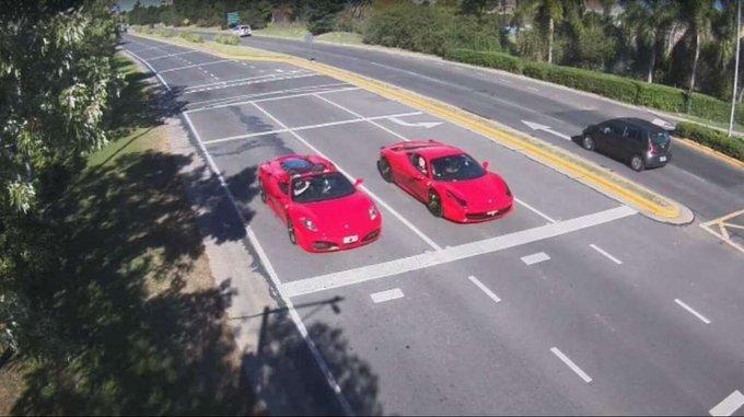 Video: cuatro hombres se filmaron corriendo una picada a bordo de dos Ferraris en Buenos Aires
