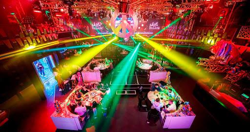 boliches y discotecas